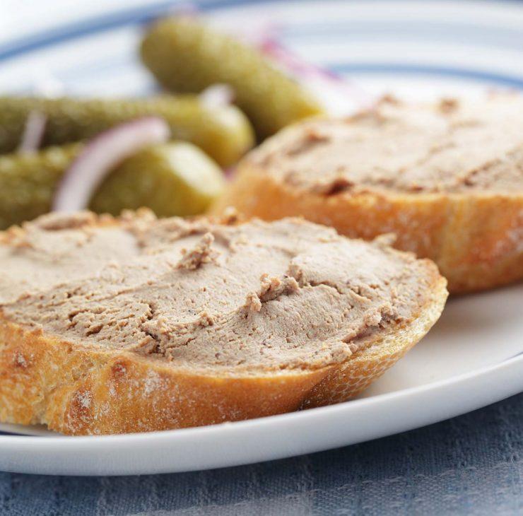 sumuštinis su paštetu ir agurku